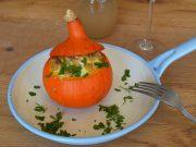 Vegetarisches Rezept für gefüllten Kürbis
